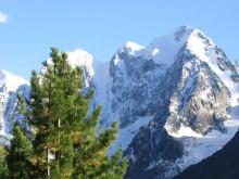 Рекомендуем посмотреть на Алтае №2.  Горы Алтая